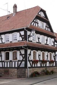 maisons nord de l'Alsace + vitres bombées  (10)
